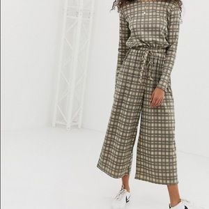 Cool checkered jumpsuit!